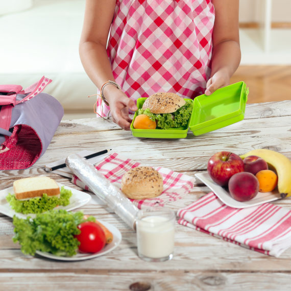 How to Make School Lunches an Easy Process